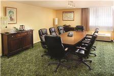 Airport Honolulu Hotel - Executive Boardroom