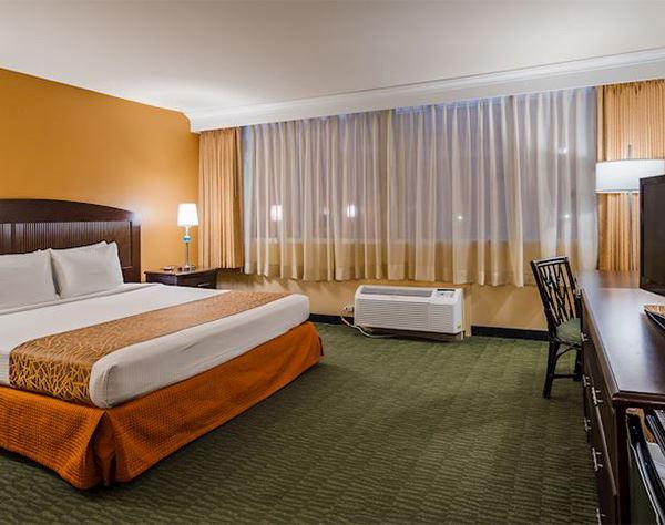Standard King Room at Airport Honolulu Hotel